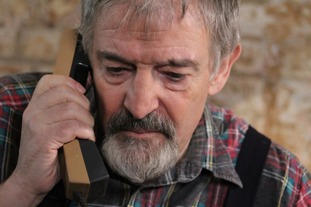 Bernard Willis (Martin's Uncle) - Edmund Dehn